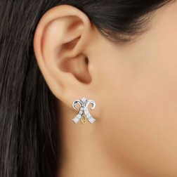 Advait Women's Daily Wear Diamond Studded Earring